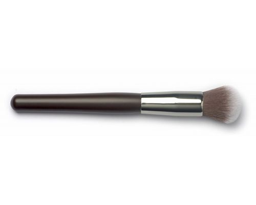 A Signature Mineral Powder Brush
