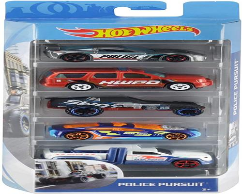 un Hot Wheels Car Set di 5 veicoli