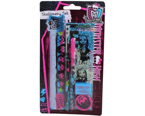 Un Ensemble de Papeterie Monster High